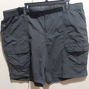 CROFT&BARROW MEN'S NYLON CARGO SHORTS SZ. 46